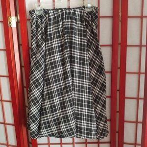 Dresses & Skirts - RARE Japanese Black And White Plaid Skirt